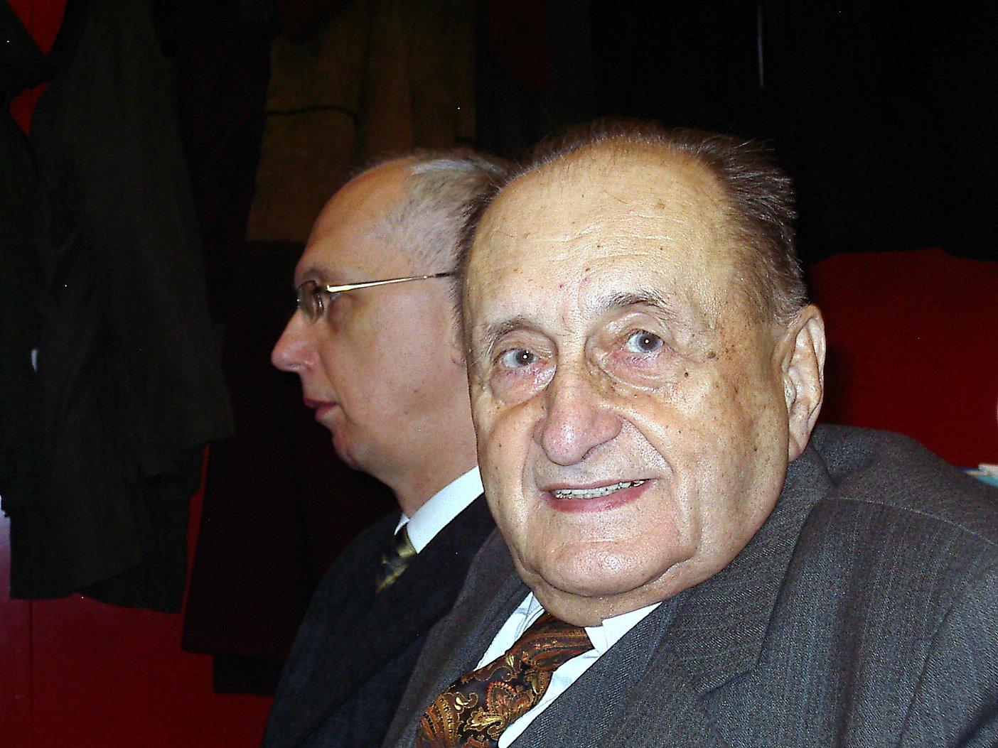 prof. Kubáček